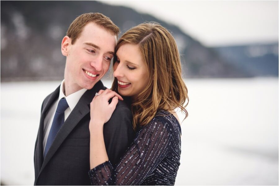 devil's lake engagement session_0001