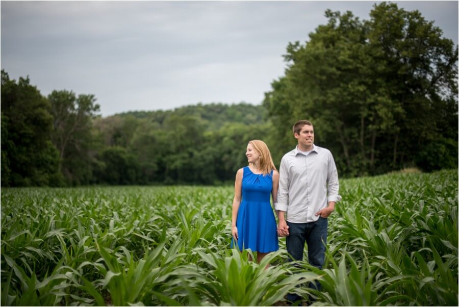 wisconsin-hometown-engagement-session_0022