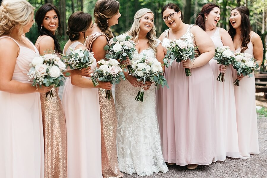 Bridesmaids lined up at wedding ceremony in Wisconsin Dells