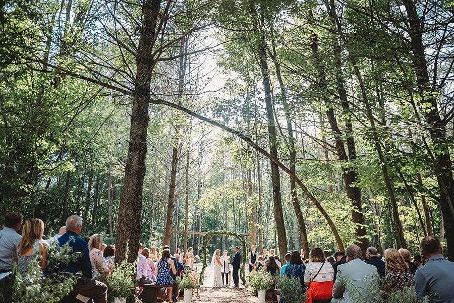 Outdoor wedding ceremony at The Swan Barn Door in Wisconsin Dells