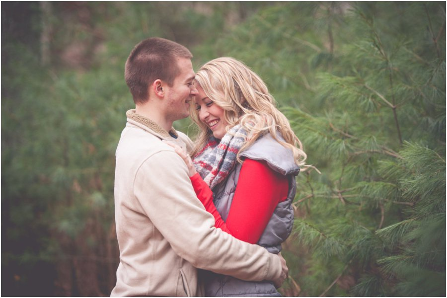 wisconsin-dells-engagement-session_0005.jpg